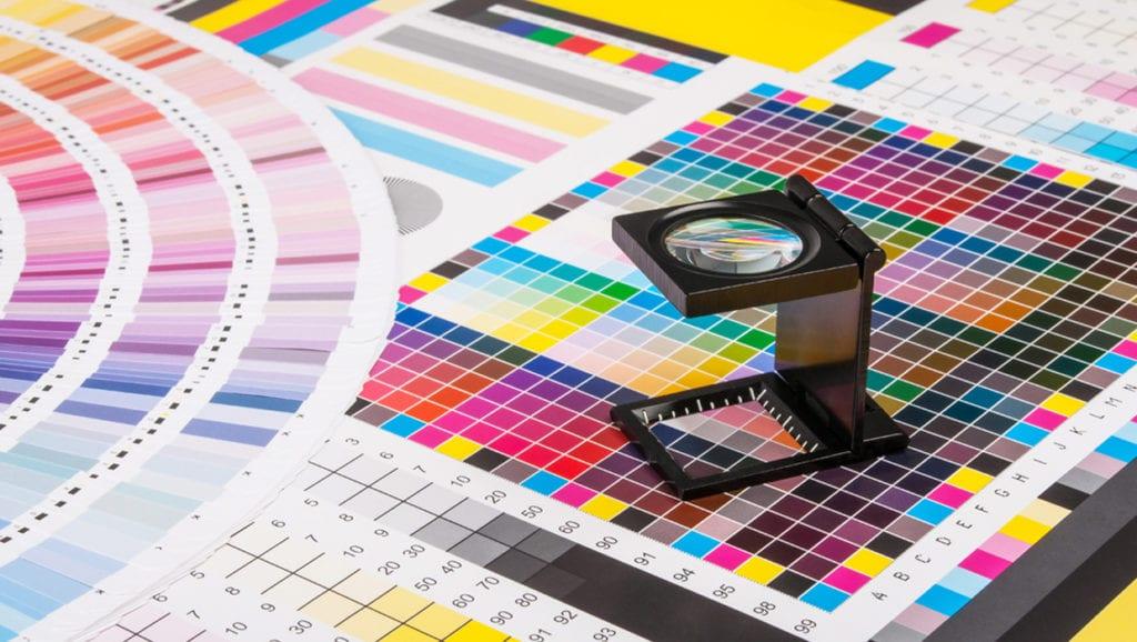 file-preparation-printing-custom-presentation-folders